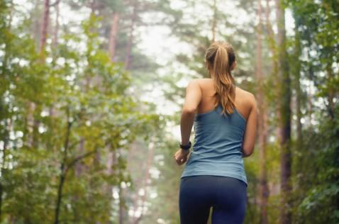 Woman_running_trail-1024x679.jpg